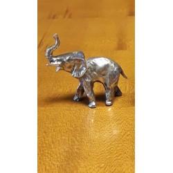 sculpture elephant en étain