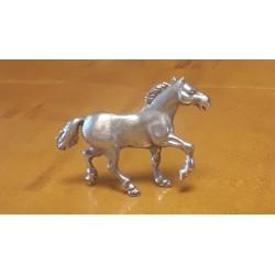 sculpture cheval en étain